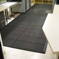 Basement Floor Mats Rubberized Equipment Floor Mats A Lasting Flooring Option