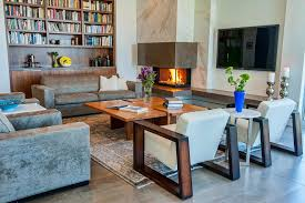 Fireplaces With Bookshelves by Corner Fireplace With Built In Bookshelves Living Room