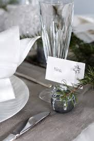 Table Setting Cards - 5 christmas table setting ideas in different styles