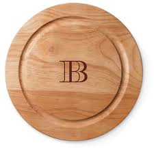 monogramed cutting boards classic monogram cutting board by shutterfly shutterfly