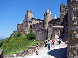 carcassonne touring carcassonne europe u0027s largest fortified medieval city