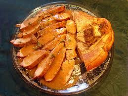 cuisiner une rouelle de porc rouelle de porc sauce madère la recette facile par toqués 2 cuisine