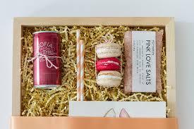bridesmaid boxes diy bridesmaid box coastal