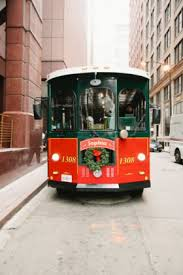 holiday lights trolley chicago holiday trolley tour ends dec 26 1509 bi trans news