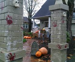 halloween cemetery entry pillars 5 steps with pictures