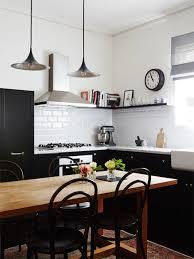 cuisine carrelage metro une cuisine terriblement chic qui ose le noir et blanc tout en