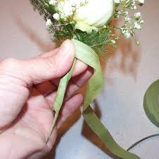 how to make corsages and boutonnieres boutonniere easy wedding flower tutorials
