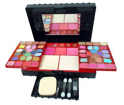Makeup Kit buy ads makeup kit choice apht best prices in india