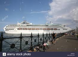 cruises to sydney australia sydney australia 19th feb 2018 the sun princess cruise ship