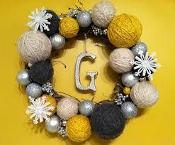 such an easy craft a wreath a few dollar store ornaments some