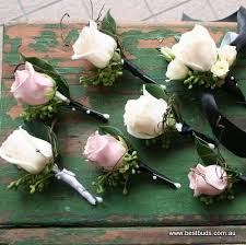 Wedding Flowers For Guests 150 Best Buttonhole Ideas Images On Pinterest Boutonnieres