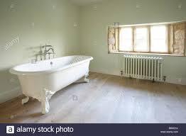 Bad Holzboden Freistehenden Viktorianischen Stil Weiße Bad Badewanne Badewanne