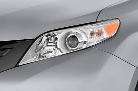 nissan sienna 2008 2012 toyota sienna reviews and rating motor trend