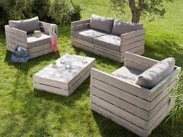 canapé exterieur en palette salon de jardin palettes