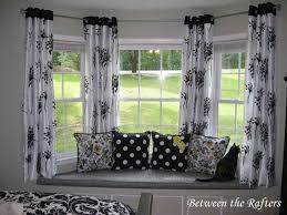 Measuring Bay Windows For Curtains Bay Window Curtain Pole Brackets Decor Window Ideas