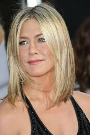 Bed Head Waver Best Celebrity Hairstyles Bobs And Lobs To Gush Over