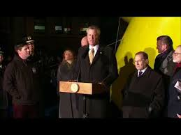 bill de blasio deliver remarks at the macy s thanksgiving day