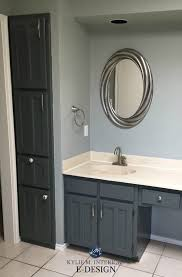 Painting Bathroom Fixtures E Design An Almond Bathroom Gets A Fresh Paint Colour Painted