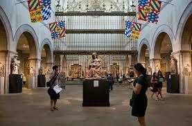 Met Museum Floor Plan by 15 Unexpected Things In New York City U0027s Metropolitan Museum Of Art