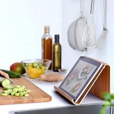support tablette tactile cuisine support tablette pour cuisine elements de rangement muraux rimforsa