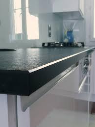plan de travail cuisine en granit prix plan de cuisine en marbre ce fabricant italien propose un vaste