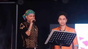 Zubeen Garg S Top Five Controversies In His Life জ ব ন - zubeen garg and dikxu live dikshu promoting his new album epar hipar