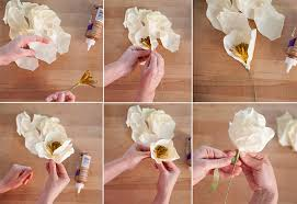 paper flower centerpieces diy how to make paper flower centerpieces creativebug