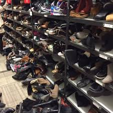 nordstrom rack 39 photos u0026 122 reviews department stores 245
