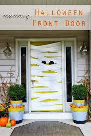Walk Into Dining Room From Front Door 33 Amazingly Creative Halloween Front Door Decorating Ideas