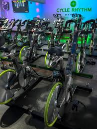 spinning cycling house spinning vs indoor cycling what is the difference paddle pedal