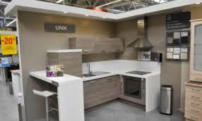 castorama cuisine castorama cuisine plan de travail maison design bahbe com