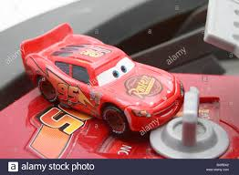 lightning mcqueen race car and battery powered racetrack toy based