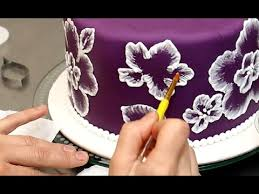 Royal Icing Decorations For Cakes Royal Icing Recipe For Brush Embroidery Cake Decorando Con Glasa
