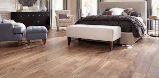 Mannington Laminate Revolutions Plank by Parquet Laminado Easy Life Trendy Ref 904 Roble Sumi Colocado
