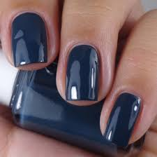 essie nail polish 880 the perfect cover up dress to kilt