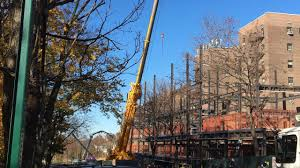 crane accident in briarwood queens leaves 2 dead fdny says am