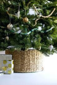 how to put christmas lights on a christmas tree correctly how to put christmas lights on a tree correctly collar tutorial