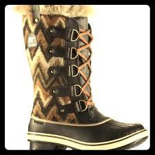 sorel tofino womens boots size 9 rarewomen s sorel tofino black chevron size 9 tofino boot in