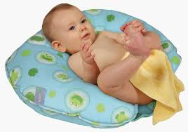 great ideas baby shower chair for your bathroom top rated leachco hug tub frog pond baby bath chair jpg