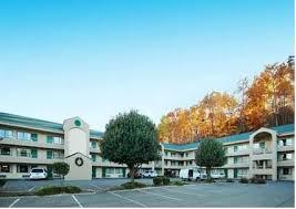 Comfort Inn Dollywood Lane Quality Inn U0026 Suites At Dollywood Lane Pigeon Forge Tn United