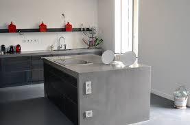 sol cuisine béton ciré bton cir sur carrelage sol et mur dans la cuisine beton cire avec