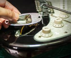 replacing the output jack on an electric guitar proaudioland