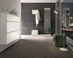 spiegel fã r flur schmale garderobe im flur spart platz 26 designs birex