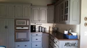 Benjamin Moore Paint Kitchen Cabinets How To Paint Kitchen Tile And Grout An Easy Kitchen Update