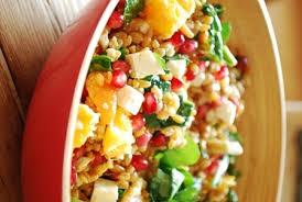 cuisiner le petit eautre salade de petit épeautre à la grenade aux agrumes aux pignons et à