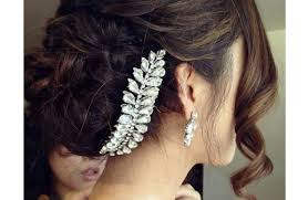 hair accessories for indian brides tress talk different types of indian wedding hairstyles indian