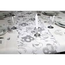decoration table anniversaire 80 ans chemin de table 18 ans argent 028 x 5 m 72624argent 1 jpg