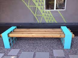 peinture pour tissus canapé diy un canapé en parpaing pour votre jardin initiales gg