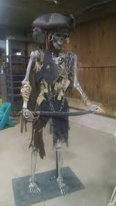 Halloween Posable Skeleton Best 25 Pirate Halloween Decorations Ideas On Pinterest Spooky