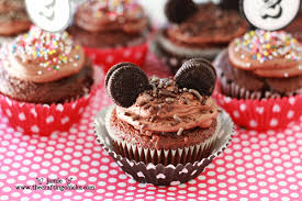 mickey mouse cupcakes mickey mouse cupcakes free mickey mouse cupcake topper